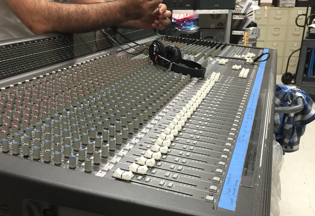 Mackie 48 Channel Mixer Repair